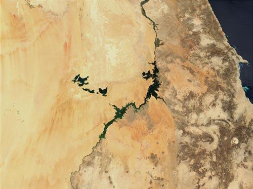 Египетская пустыня-место строительства канала крупнейшей станции в пустыне
