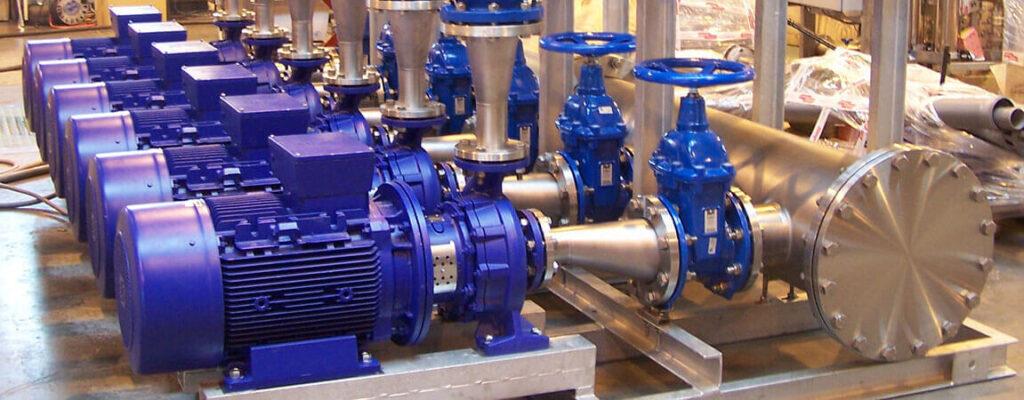 промышленные консольные водяные насосы в составе насосной установки (производство InstalCompact)